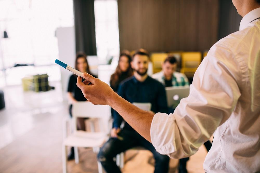 Master 1 – Diplôme de perfectionnement à la gestion des affaires